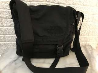NorthFace cross body/sling bag medium size (triple black?