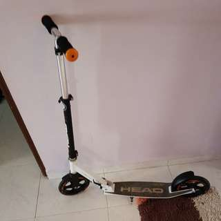 Head 200 Scooter