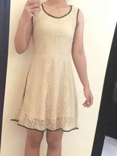 CREAMY DRESS