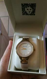 Anne Klein Repriced, original P3000.00