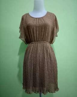 Dress Chic Sample
