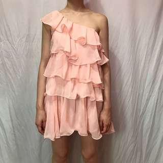 🚚 粉色斜肩蛋糕洋裝