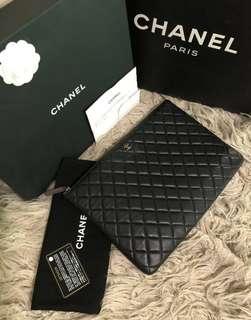 Chanel Clutch O Case