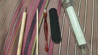 🚚 Manicure set