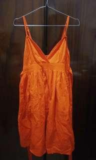 Dress v TOPSHOP