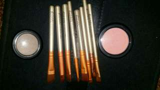 Make up brushes, blush, eye shadow