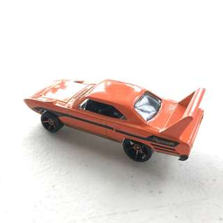 hot wheels - plymouth superbird