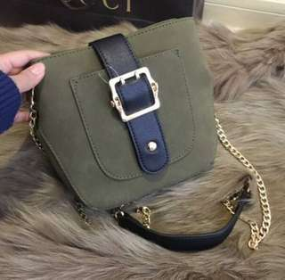 pull and bear sling bag