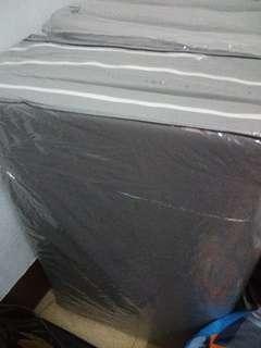 單人床墊可摺疊