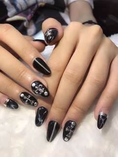 Design and acrylic nails extension