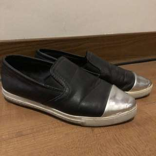 Pointed Black Silver Toe Slip Ons
