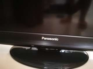 Panasonic 32 TV almost new