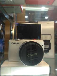 Kredit Canon EOS M10 KIT 15-45MM Resmi