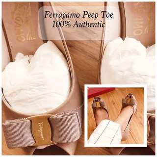 ⚡️Sale! size 7 Ferragamo with Box