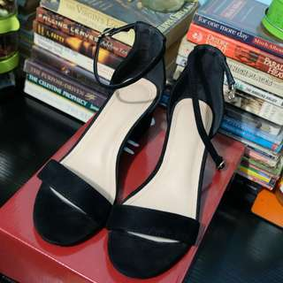 S&H - Black ankle strap block heels - Orig price 1699