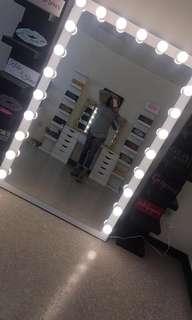 Whole body mirror