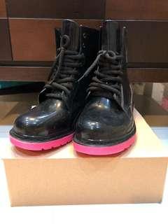 🚚 時尚雨靴