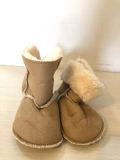 H&M boots Size 20/21