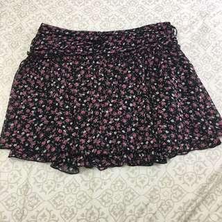 日本品牌 OZOC 小碎花雪紡紗短裙