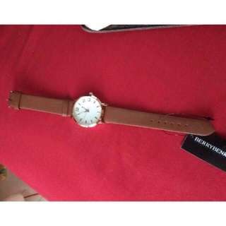 Coupbelle jam tangan
