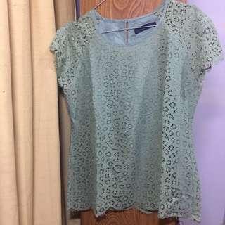 Nyla basic shirt