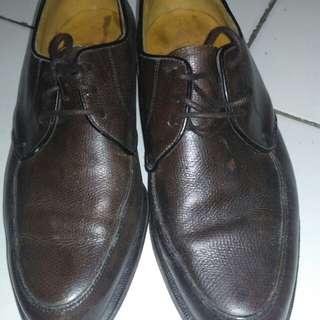 Sepatu full kulit merk florsheim original