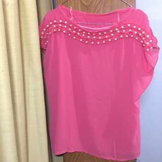 Oversized blouse with pearls
