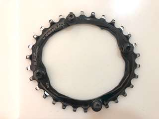 Absolute black 30T oval chainring 104BCD