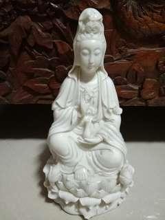 White guangyin