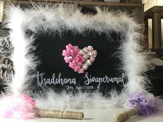 🚚 Wedding Guestbook and Pens Set Customisation