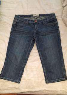 Jean Capri Size 10