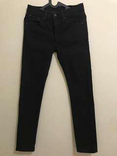 Jeans hitam skinny