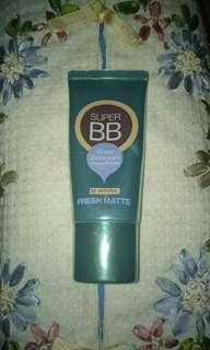 BB cream / foundation produk dari maybelline