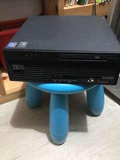 IBM Mini Desktop 一部
