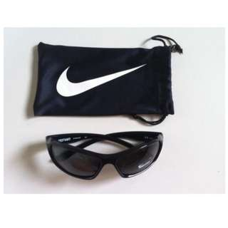 Authentic NIKE Black Defiant Rectangular Wrap Sunglasses