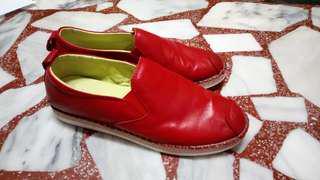 🚚 Artmu阿木新款紅色低跟真皮休閒鞋 38碼