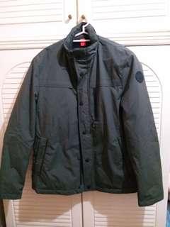 全新 男裝軍綠色外套 中碼 衫長29寸,胸闊22寸