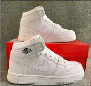 Nike high cut shoes  800 each plus shipping fee Size 36-44 Pre order