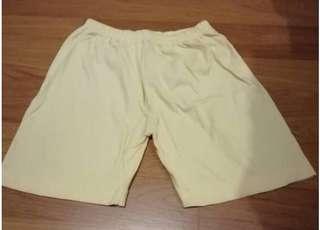 Kid yellow Bermuda pants