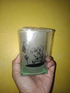 Hiasan gelas kaca