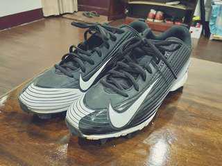 🚚 Nike 壘球鞋
