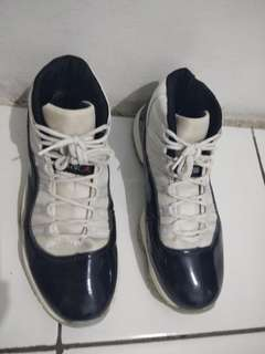 Nike Air Jordan 11 Retro Size 43