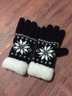 🚚 毛絨手套