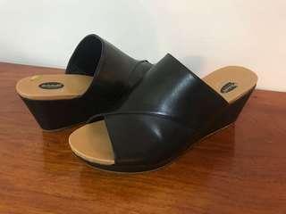 Dr. Scholl's Slip On Wedge Black Size US 8