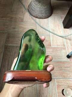 🚚 Light green obsidian crystal