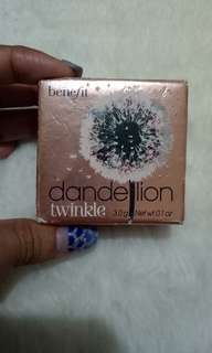 Dandelion benefit highlighter