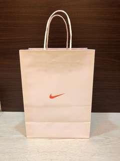 🚚 正品Nike紙袋(中)