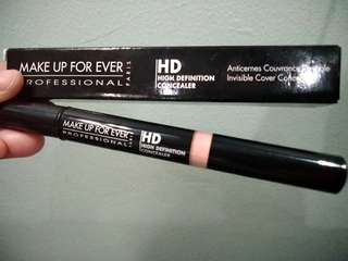 NEW!!Consealor HD Make Up For Ever #320