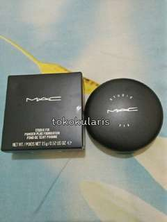 MAC Studio Fix - powder plus foundation