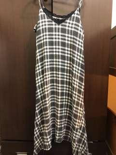 🚚 (二手)zara細肩帶格紋洋裝M號